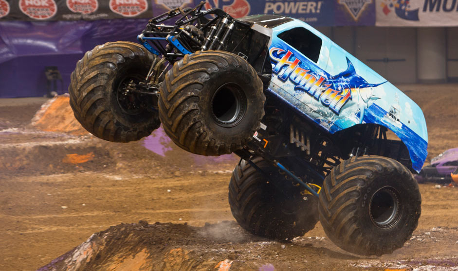 THE ARRMA Granite BLX RTR Monster Truck Review. The brushed version of the ARRMA Granite was a big hit among the bashing crowd, it was tough as nails, it drove well, and it was affordable. ARRMA has upped the ante with the new Granite playsvaluable.ml BLX comes with .