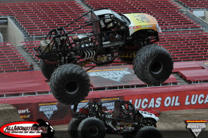 Hooked Monster Truck - Young Guns Shootout 2013
