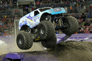 Hooked-Monster-Truck-Tampa-2014