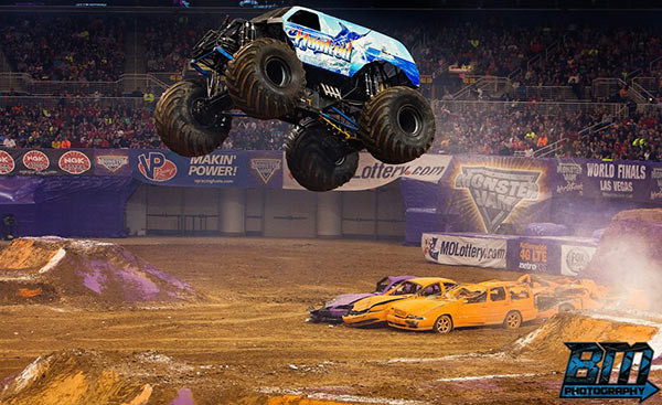 Hooked Monster Truck - St Louis Monster Jam 2015 - Fox Sports 1 Championship Series